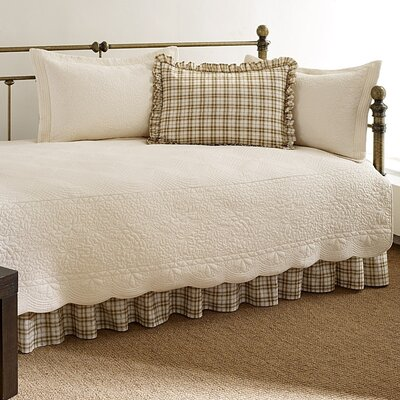 Plimpton Cotton Twin Quilt Set Color: Ivory
