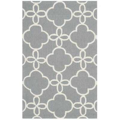 Hand-Hooked Gray/Ivory Indoor/Outdoor Area Rug Rug Size: 5 x 8
