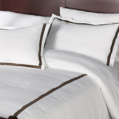 Bordered 600 Thread Count 3 Piece Duvet Cover Set Size: Queen, Color: Chocolate