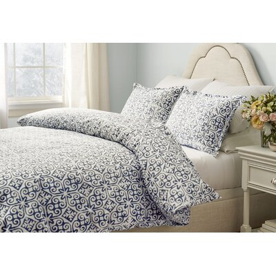 Bakerstown Comforter Set Size: Full / Queen, Color: Navy