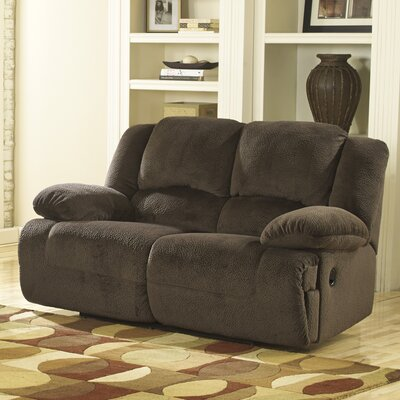 Malta Reclining Sofa Type: Manual
