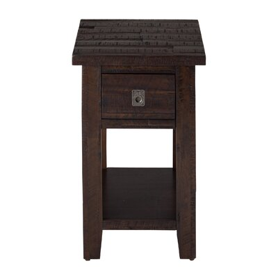 Apple Valley Chairside Table
