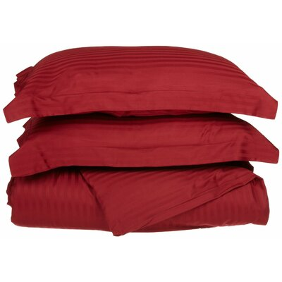 Patric Duvet Set Size: Full / Queen, Color: Burgundy
