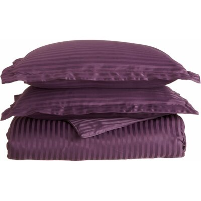 Patric Duvet Set Color: Plum, Size: Full / Queen