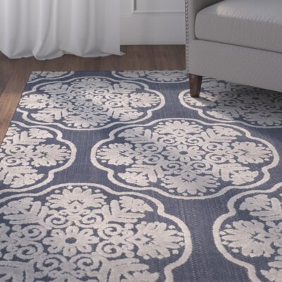 Navy/Cream Indoor/Outdoor Area Rug Rug Size: 4 x 6