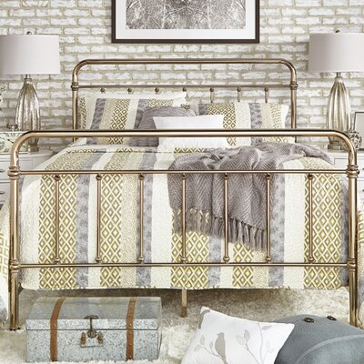 Duluth Panel Bed Size: King, Color: Champagne Gold