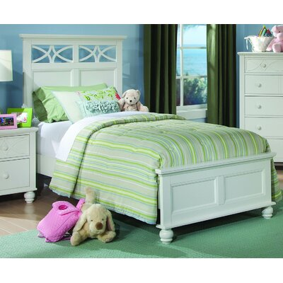 Hanning Panel Bed Size: Full, Color: White