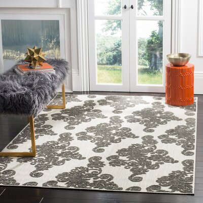 Brandonville Indoor/Outdoor Area Rug Rug Size: Rectangle 4 x 6