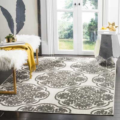 Flintwood Cream/Gray Indoor/Outdoor Area Rug Rug Size: 53 x 77