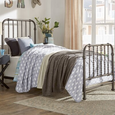Elyse Bed Frame Size: Full, Color: Antique Dark Bronze
