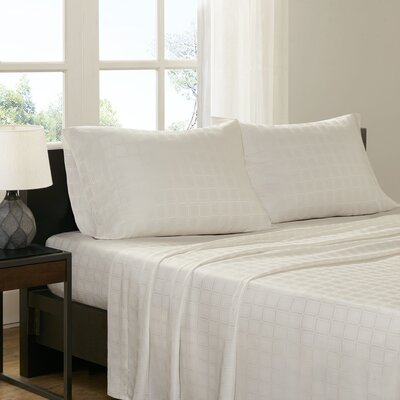 3 Piece Loraine Sheet Set Size: Full, Color: Ivory