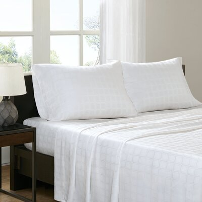 3 Piece Loraine Sheet Set Size: Full, Color: White