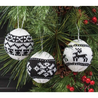 3 Piece Sweater Ball Ornament Set R6228X3