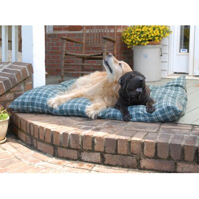 Indoor/Outdoor Shebang Dog Pillow Size: Large (44 L x 35 W)