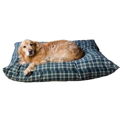 Indoor/Outdoor Shebang Dog Pillow Size: Extra Large (54 L x 44 W)