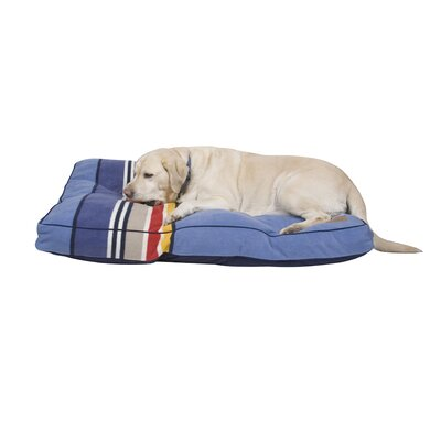 Yosemite National Park Pet Bed Size: Large