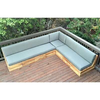 Seaside Sectional with Cushions Fabric: Airblue