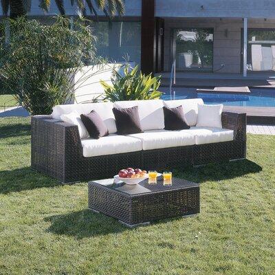 Hospitality Rattan Soho 3 Piece Deep Seating Group with Cushions - Fabric:
