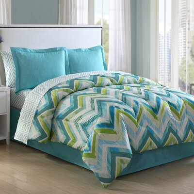 Connor Chevron Reversible Bed-In-a-Bag Set Size: King