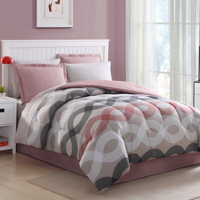 Geo Lines Reversible Bed-In-a-Bag Set Size: King