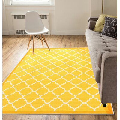 Hansa Trellis Lattice Gold Area Rug Rug Size: 710 x 910