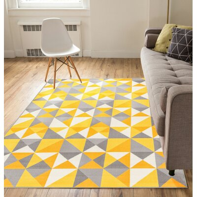 Vector Yellow Indoor/Outdoor Area Rug Rug Size: 5 x 7