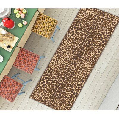 Kings Court Gold Leopard Print Area Rug Rug Size: Runner 2 x 7