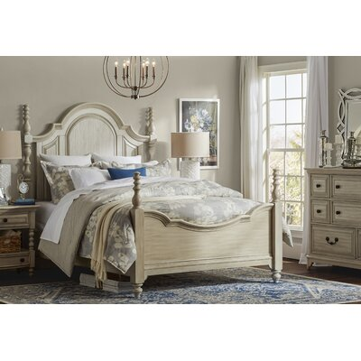 Lia Four Poster Bed Size: King
