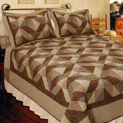 Country Cottage Quilt Size: Super King