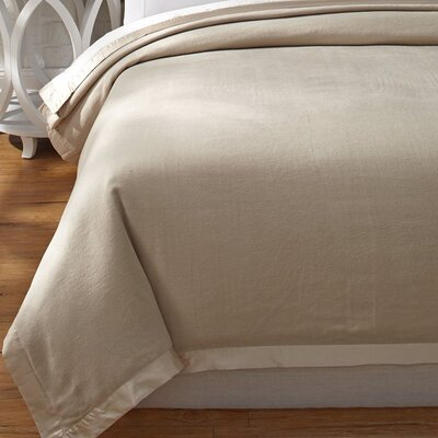 Luxury Pure Silk Fleece Blanket Size: Full/Queen, Color: Creamy Latte