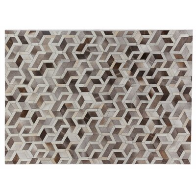 Natural Hide Hand Crafted Silver/Ivory Area Rug Rug Size: 96 x 136