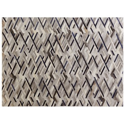 Natural Hide Hand Crafted Ivory/Gray/Blue Area Rug