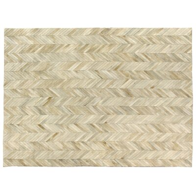 Natural Hide Hand Crafted Ivory Area Rug Rug Size: 96 x 136
