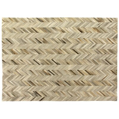 Natural Hide Hand-Tufted Ivory/Brown Area Rug Rug Size: 8 x 11