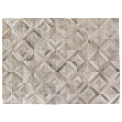 Natural Hide Hand-Tufted Silver Area Rug Rug Size: 8 x 11