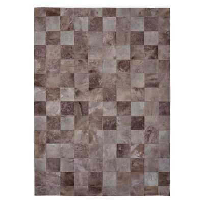 Natural Hide Hand Crafted Ivory/Brown Area Rug