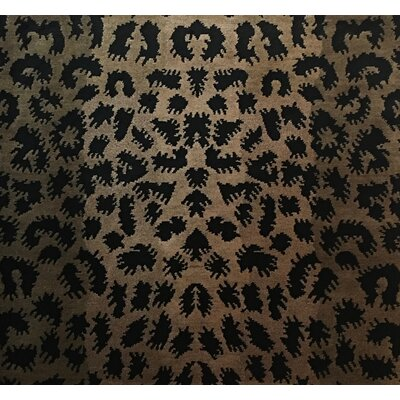 Metro-Velvet Hand-Knotted Light Gold Area Rug