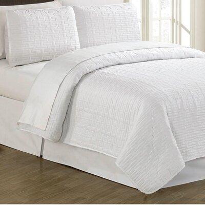 Sandra Venditti 3 Piece Quilt Set Color: White, Size: Full/Queen