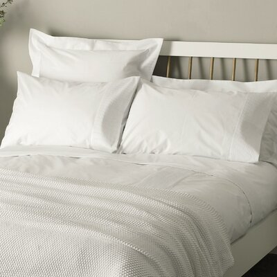 300 Thread Count 100% Egyptian Quality Cotton Sheet Set Size: Twin