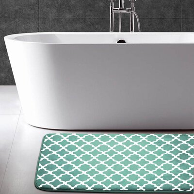 Maison Condelle Geometric Printed Flannel Memory Foam Bath Mat Color: Green