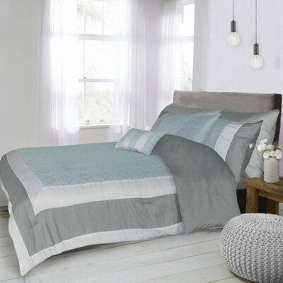 Racquel 7 Piece Duvet Set Size: Queen