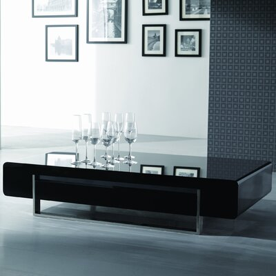 Maisie Modern Coffee Table Color: Dark Oak