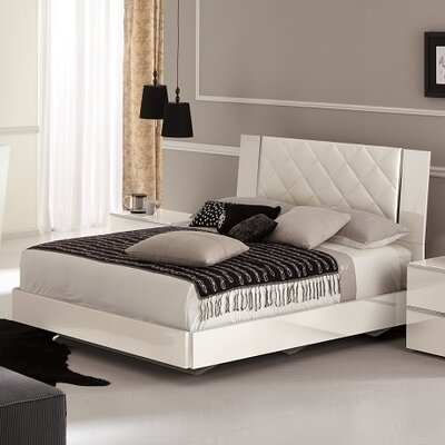 Orla Upholstered Platform Bed Size: King