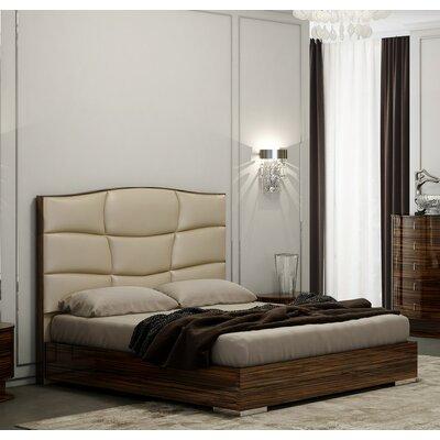 Georgia Platform Bed Size: Queen