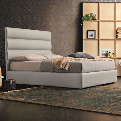 Neddra Upholstered Platform Bed Size: Queen