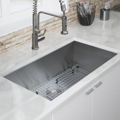 Zero Radius 32 L x 19 W Kitchen Sink