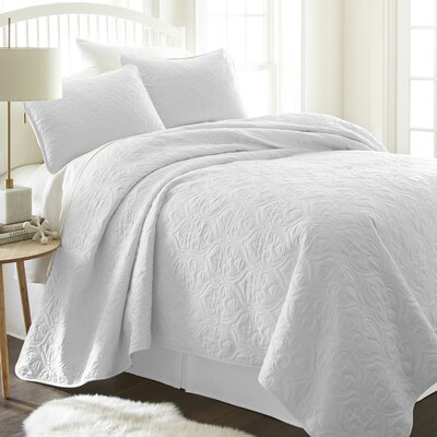 Marnell Coverlet Set Size: King/California King, Color: White