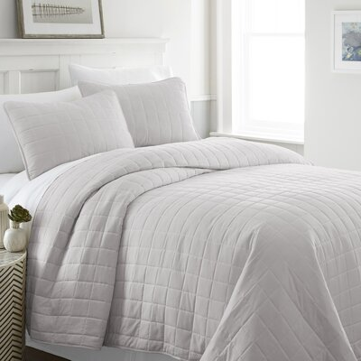 Purvi Coverlet Set Size: King/California King, Color: Gray