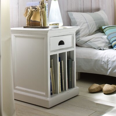 Fairmead 1 Drawer Nightstand