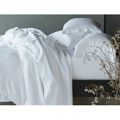 Relaxed Linen Pillowcase Size: King, Color: Alpine White